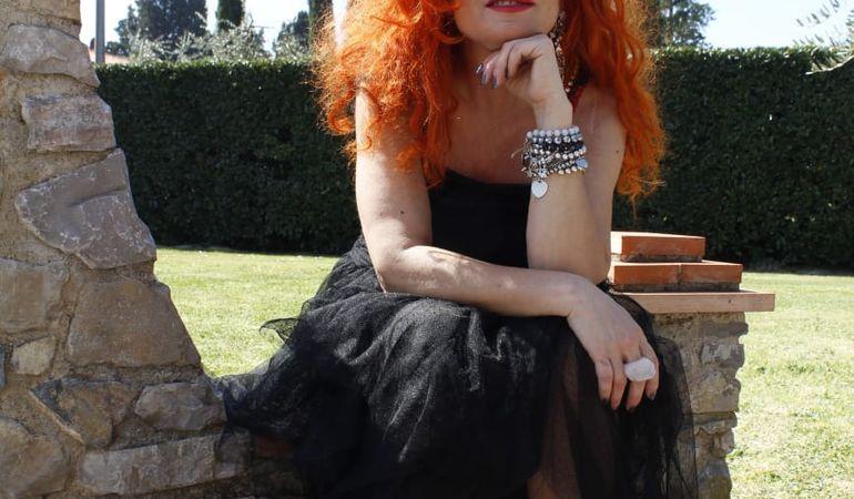 """""""L'amore sai"""": da oggi il nuovo videoclip della cantautrice Monikà è on line sul canale Youtube"""