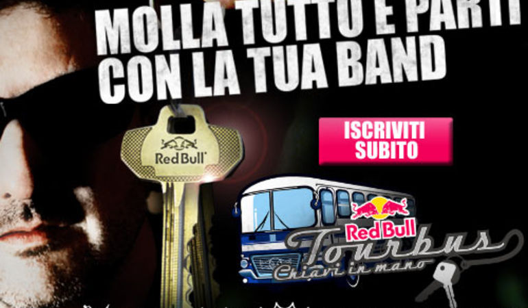 RED BULL TOURBUS CHIAVI IN MANO 2013