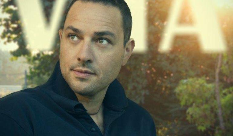 """Leonardo Tredicini presenta """"Noi due nel tempo"""" il secondo singolo estratto dall' album """"Vita""""."""
