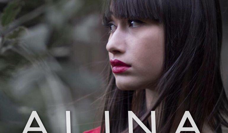 """""""Semplicemente Sarebbe Più Vero"""": il primo singolo di Alina Nicosia"""