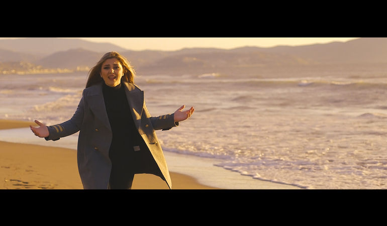 """Aryarca torna con il suo nuovo video: """"Baciami"""""""