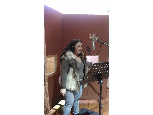 Raffaella in studio