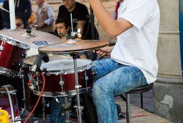 Rockin' drums!